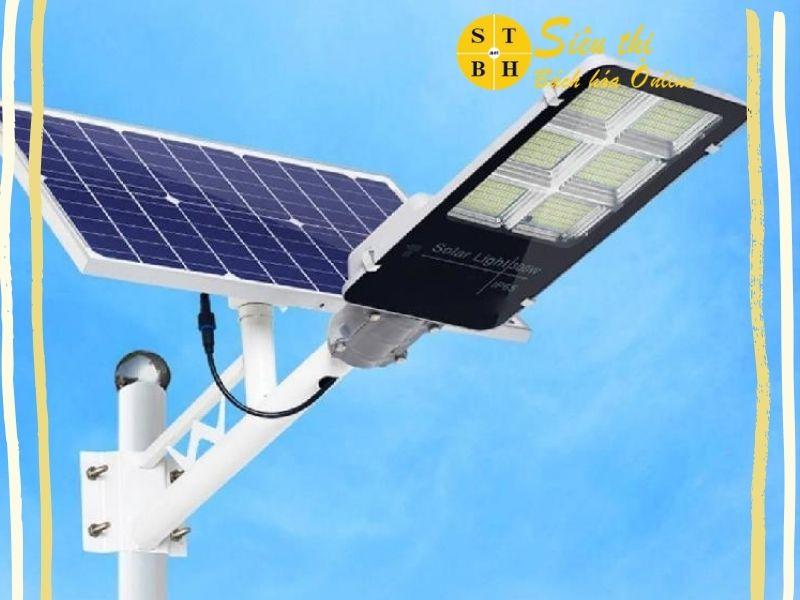 Đèn năng lượng mặt trời Siêu Thị Bách Hóa có tốt không?
